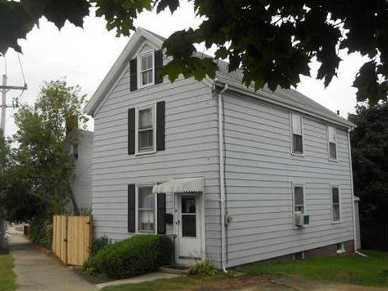 8 Pulaski St, Peabody, MA 01960