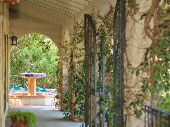 13220 Robleda Rd, Los Altos Hills, CA 94022