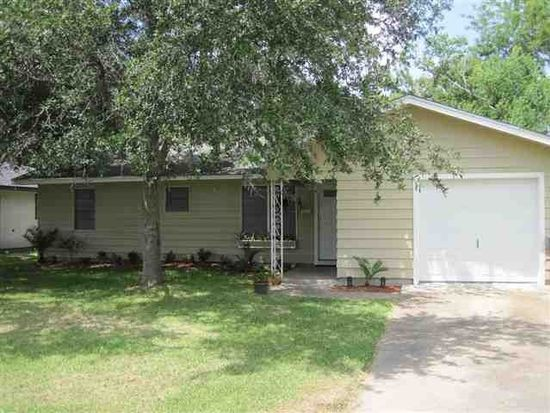 380 Clemmons St, Beaumont, TX 77707