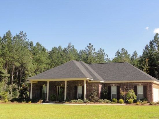 15 Maple Dr, Ellisville, MS 39437