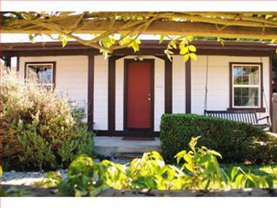 424 26th Ave, Santa Cruz, CA 95062