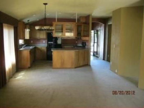 386 Silver Creek Dr, Central Point, OR 97502