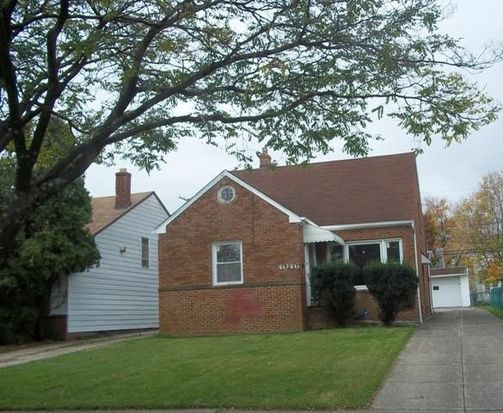 4046 Stonehaven Rd, South Euclid, OH 44121