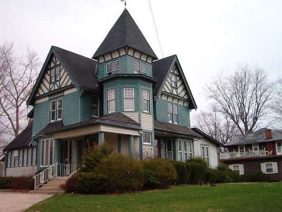 1107 W 8th St, Anderson, IN 46016