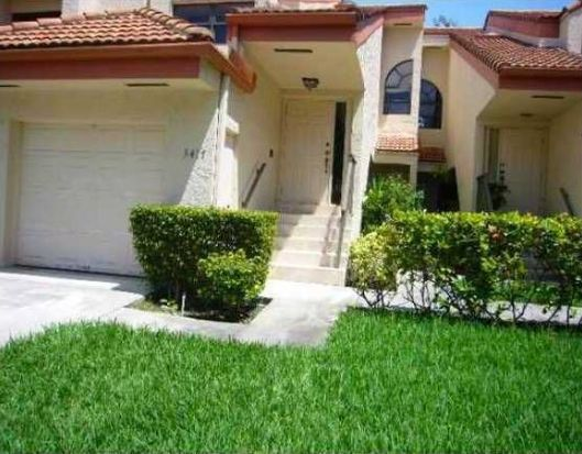 3417 Water Oak Dr, Hollywood, FL 33021