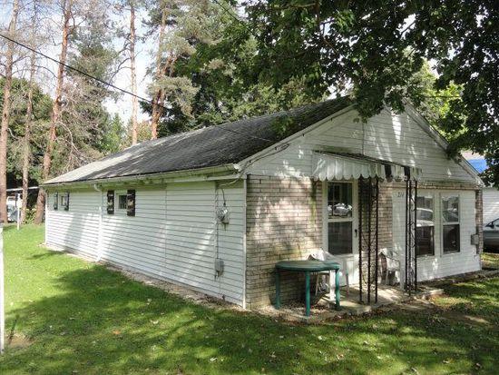 214 Pine St, Edinboro, PA 16412