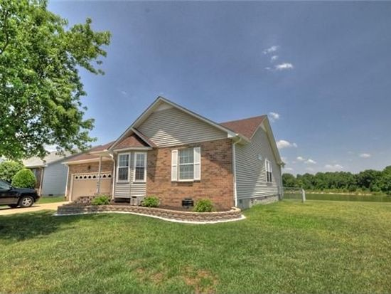 1947 Waterford Dr, Old Hickory, TN 37138