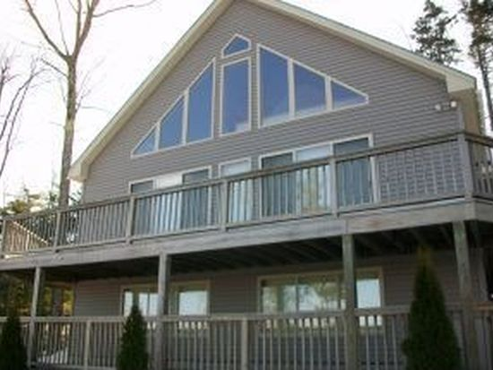 120 Highlands Dr, Conway, NH 03818