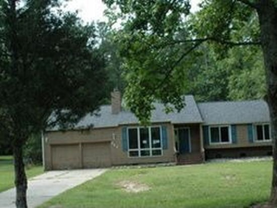 246 Windtree Rd, Greenwood, SC 29649