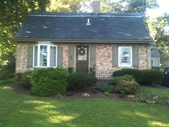 939 Birch Rd, Hellertown, PA 18055