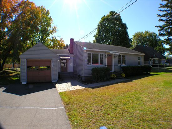 222 Mulberry St, Plantsville, CT 06479