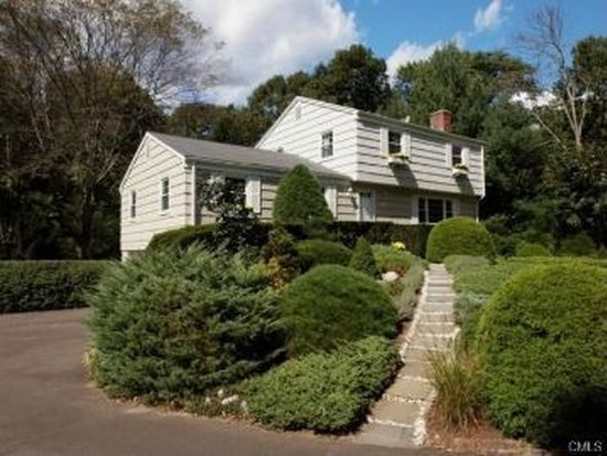 37 Lincoln Dr, New Canaan, CT 06840