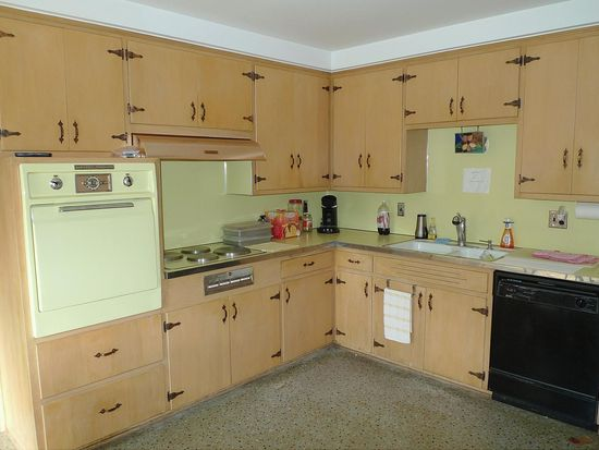 182 S Cranbrook Cross Rd, Bloomfield Hills, MI 48301