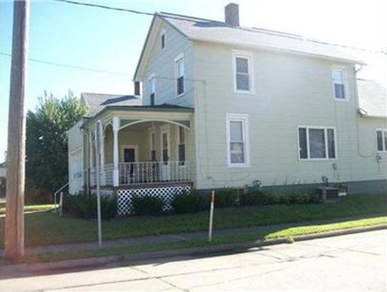 1423 Pennsylvania Ave W, Warren, PA 16365