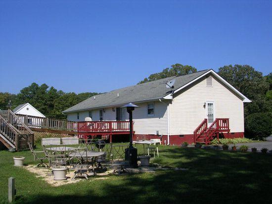 882 Pine Hall Rd, Mathews, VA 23109