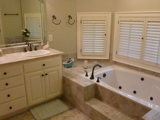 4904 Sunset Forest Cir, Holly Springs, NC 27540