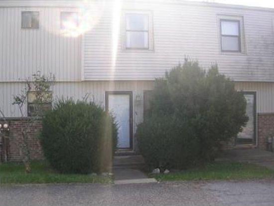123 Oakwood Rd, Charleston, WV 25314