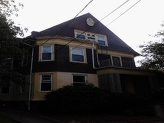 26 Warren Ave, Pawtucket, RI 02860