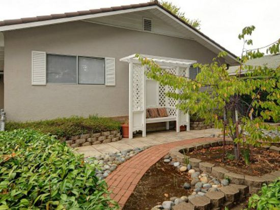 3753 Century Dr, Campbell, CA 95008