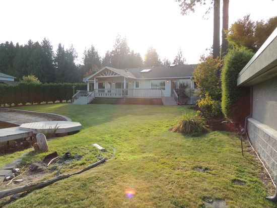 14813 W Lake Goodwin Rd, Stanwood, WA 98292