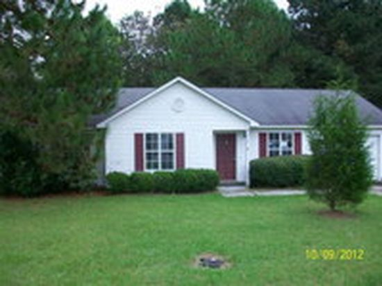 607 E Howell Dr, Lakeland, GA 31635