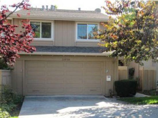 22898 Cricket Hill Rd, Cupertino, CA 95014