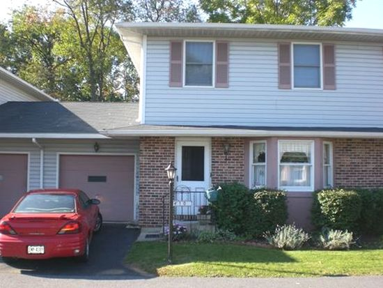 10 Star Ct, Bethlehem, PA 18017