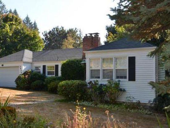 2434 SW Mitchell St, Portland, OR 97239