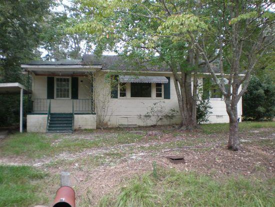 712 Glenwood Dr, Thomasville, GA 31792