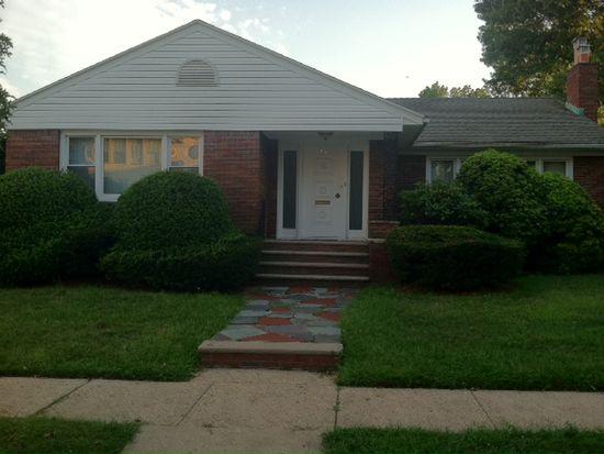 46 Oakwood Ave, Bloomfield, NJ 07003