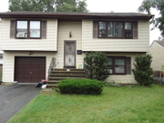33 Veranda Ave, Little Falls, NJ 07424