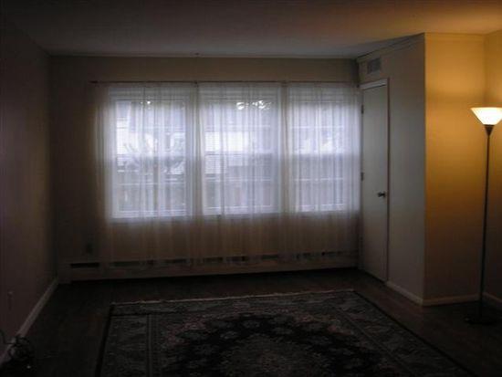 4 Huguenot St APT 4, New Paltz, NY 12561