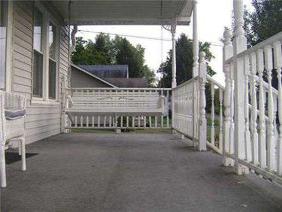 2423 Savannah Rd, New Castle, PA 16101