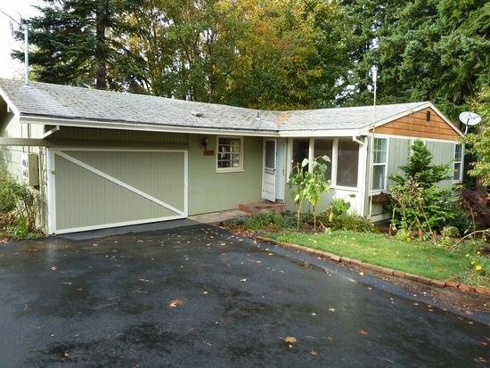 17227 Hoffman Ave, Sandy, OR 97055