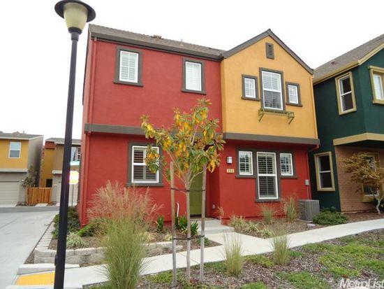 884 Graphite Ln, West Sacramento, CA 95691