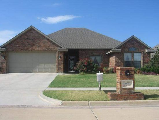 2203 SW 54th St, Lawton, OK 73505