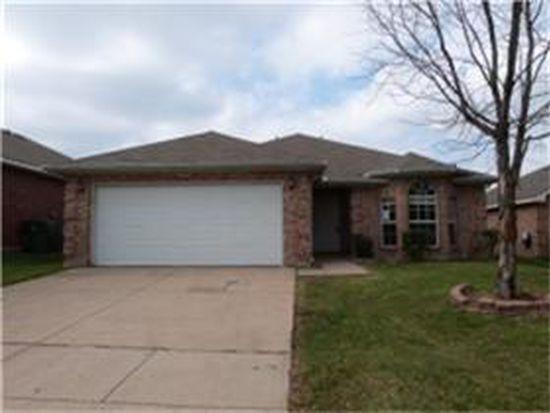 514 Blueberry Hill Ln, Mansfield, TX 76063