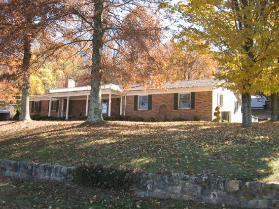 520 Orange St, Tazewell, VA 24651