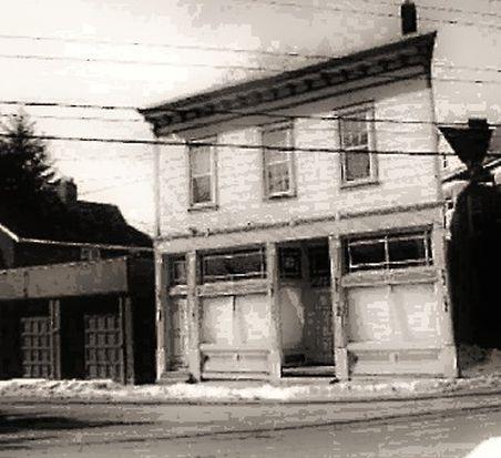 1831 Baldwick Rd, Pittsburgh, PA 15205