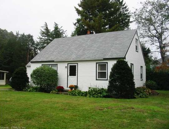 4 Hickory Hill Rd, Clinton, CT 06413