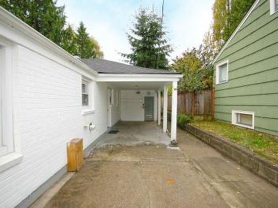 1023 NE 95th St, Seattle, WA 98115