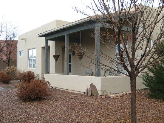 3 Darlene Ct, Santa Fe, NM 87508