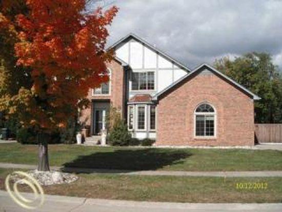 13981 Barton Dr, Shelby Township, MI 48315