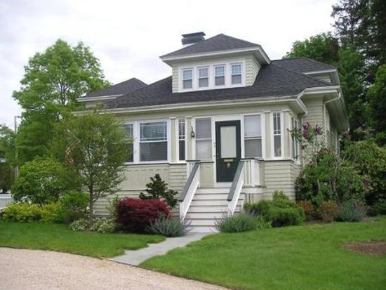 55 Middle St, Dartmouth, MA 02748