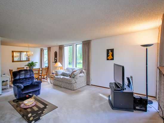 1051 Beach Park Blvd APT 111, Foster City, CA 94404