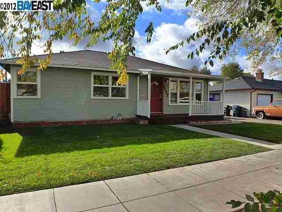 1117 Pine St, Livermore, CA 94551