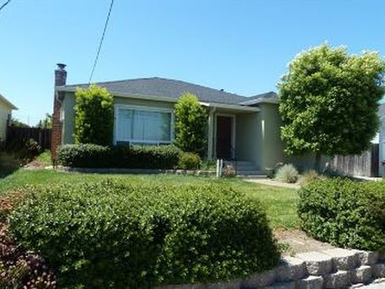 26 Clifford Ave, Watsonville, CA 95076