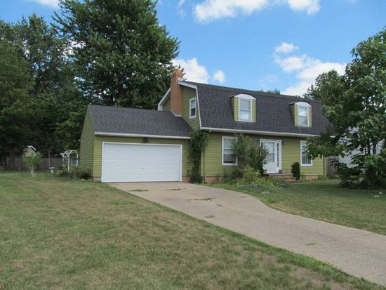 8249 Lincolnshire Blvd, Strongsville, OH 44149
