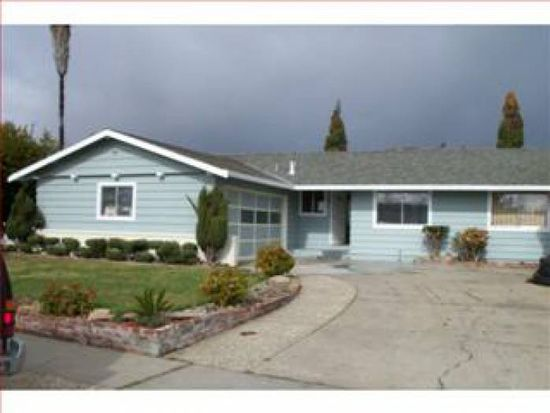 227 Ponderosa Ave, Watsonville, CA 95076