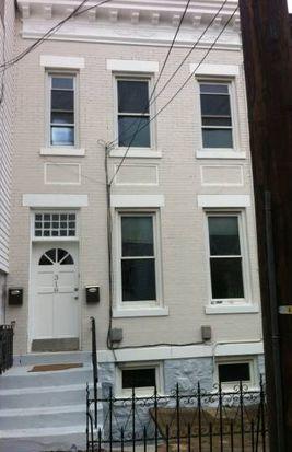 318 70th St, Guttenberg, NJ 07093